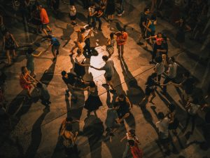 People Best Suited for Online Salsa Classes